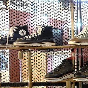 Adit and The Bandits, Ciptakan Kolaborasi Unik Boots dengan Sneakers