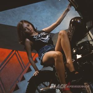 Maria Arra - Hobby roda dua itu seksi