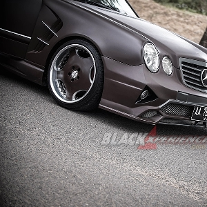 Modifikasi Mercedes E230, Modifikasi Extreme Body Kit dan Static Stance