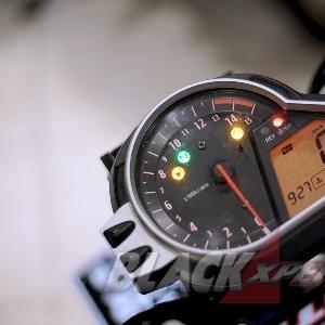 Speedometer telanjang tanpa cover