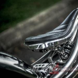 Modifikasi Harley Davidson Sportster: The Stone Krom Works