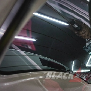 Awali Modifikasi Interior All New Rush Dengan Upgrade Kaca Film