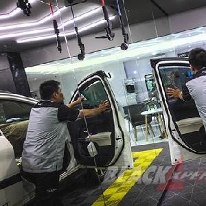 Awali Modifikasi Interior All New Rush Dengan Upgrade Kaca Film