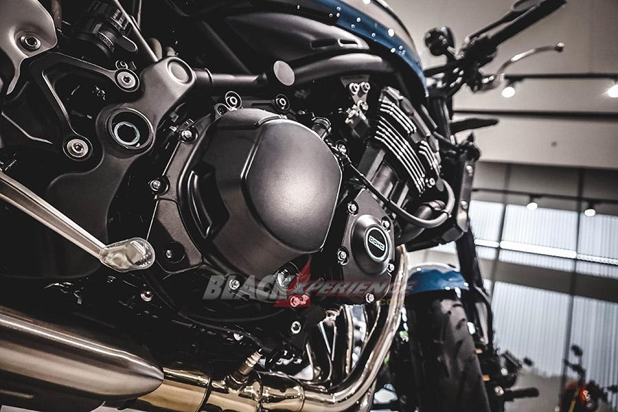 Kawasaki Z900RS Cafe - Bukan Untuk Rider Biasa