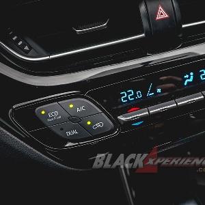 Toyota C-HR - Menjual Penampilan