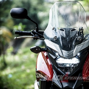 Honda CB500X - Tackle Both World