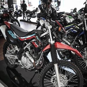 Debut Dunia  All New Kawasaki KLX230 di Jakarta Fair 2019