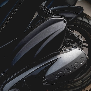 Kymco Xciting 400i, Skutik Asia Rasa Eropa