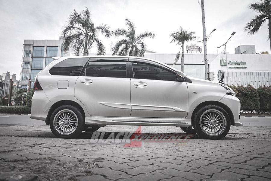 Makin Gaya dengan Upgrade Velg Toyota Veloz 2019