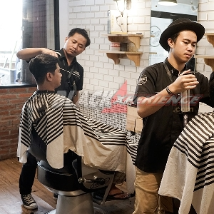 Chandra Subowo, Sosok Dibalik DMens Barbershop
