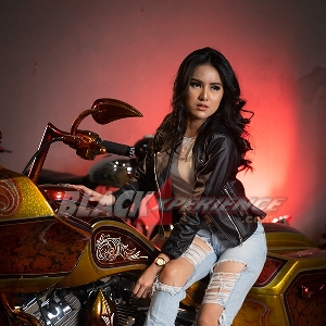Regina Rumopa, Classic Bike Enthusiast Angels