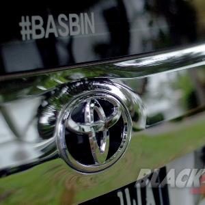 Emblem-Toyota
