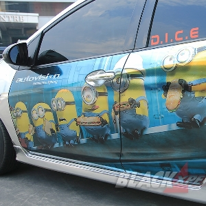 Cutting sticker bertema The Minions