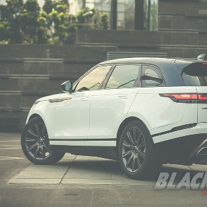 Beautiful Off-Roader Range Rover Velar P380 R