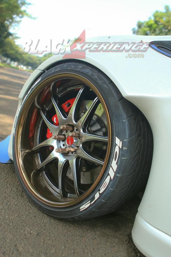 Velg depan Work Wheels CR2P Stancenation Edition 056/100 R19