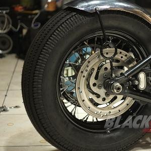 Roda belakang telah terpasang