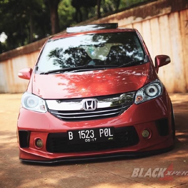 Modifikasi Honda Freed Elegant: Bosan Main JDM