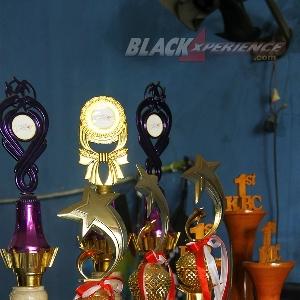 Beragam trophy penghargaan Donz Autobodywork