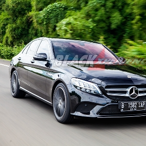 New Mercedes-Benz C 200 EQ Boost - Makin Canggih Dengan Hybrid