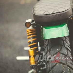 Modifikasi  Triumph Bonneville T100, The Green Bonnie  Andalan  Touring dan Sunmori