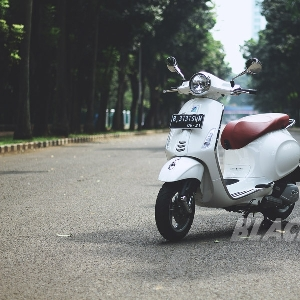 Modern Classic Scooter