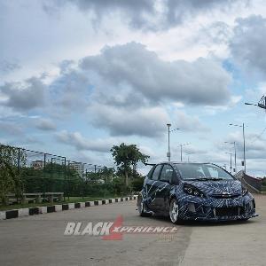 Honda Jazz RS extreme ini telah mengalami ubahan modifikasi sebanyak 4 kali