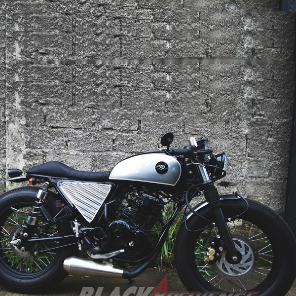 Modifikasi Yamaha Scorpio - Cafe Racer Low and Fast