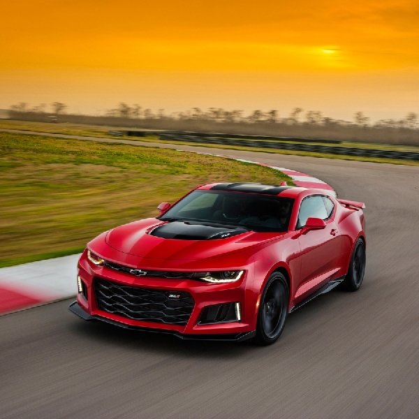 Chevy Camaro ZL1 2017, Lahap the Green Hell  7 menit 29 detik