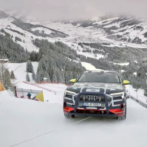 Audi e-tron Dengan Sistem 4WD Quattro Sukses  Menanjaki Salju Dengan Kemiringan 85 Derajat
