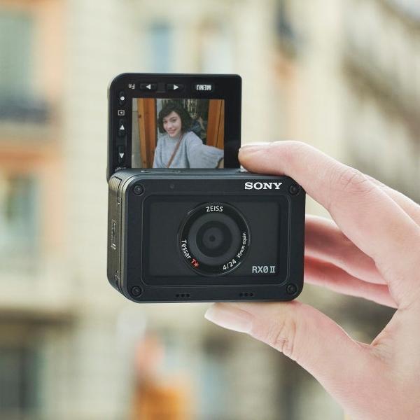 Sony Bawa Kamera Ringkas RX0 II ke Indonesia