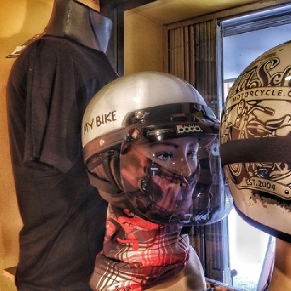 Gilang Hardian, Anajidan Helmet
