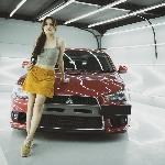 Julia VanVloten, Gandrung Sedan Sport Mitsubishi Evo X