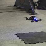 Balap Drone Robot versus Human Pilot