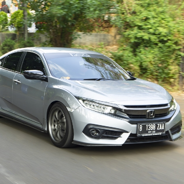 Modifikasi Civic Turbo, Perpaduan Antara Stance Style dan Racing Look