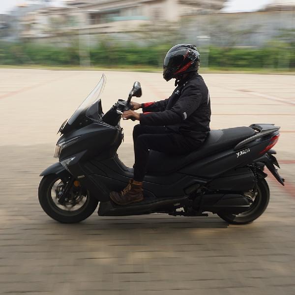 Kymco X-Town 250i, Skuter Gambot Si Jago Nyalip