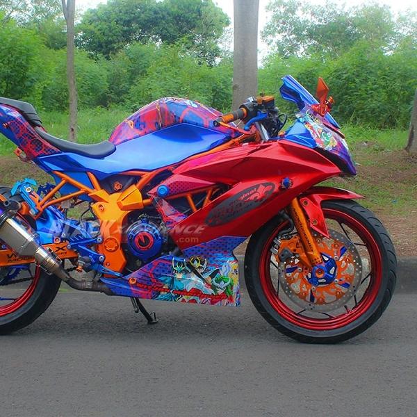 Reinkarnasi Kawasaki Ninja RR Mono Milik Maria