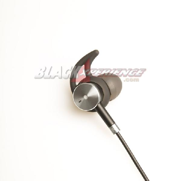 Infinix X-Earphone XE02 Dengarkan Musik Makin Asik