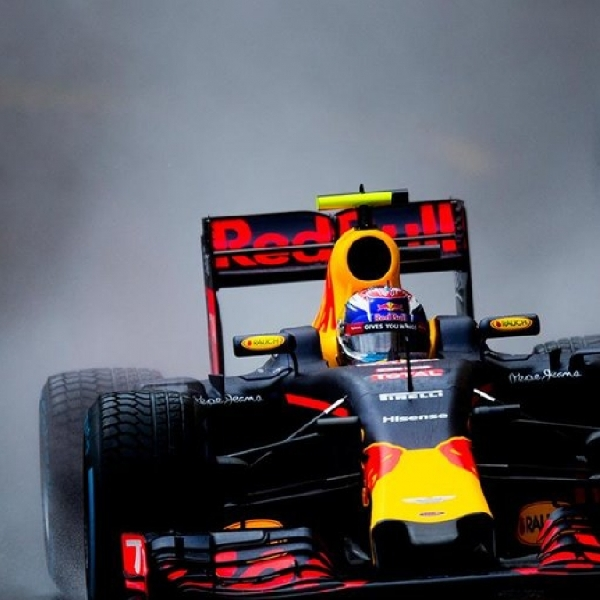 Ricciardo Bertekad Raih Podium Tertinggi di China