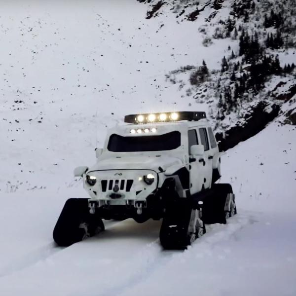 Modifikasi Jeep JK Arctic Frog