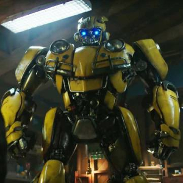 Film Bumblebee Akan Ungkap Asal Muasal Autobots dan Decepticon