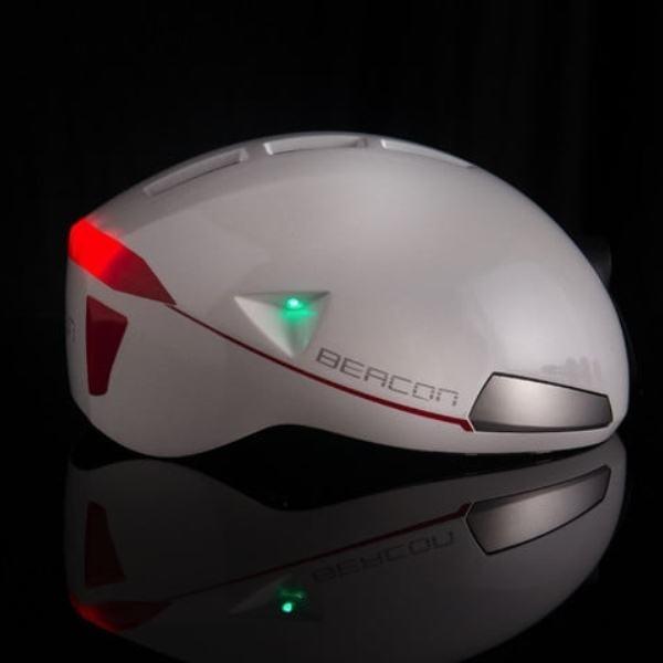Dengan Beacon Helmet, Saatnya Bersepeda Malam dengan Aman