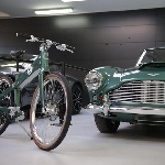 Coleen Smart E Bike Terinspirasi Dari Aston Martin DB4