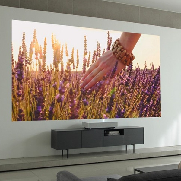 LG CineBeam Laser 4K Projector, Siap Gantikan Peran Televisi di Rumah Anda