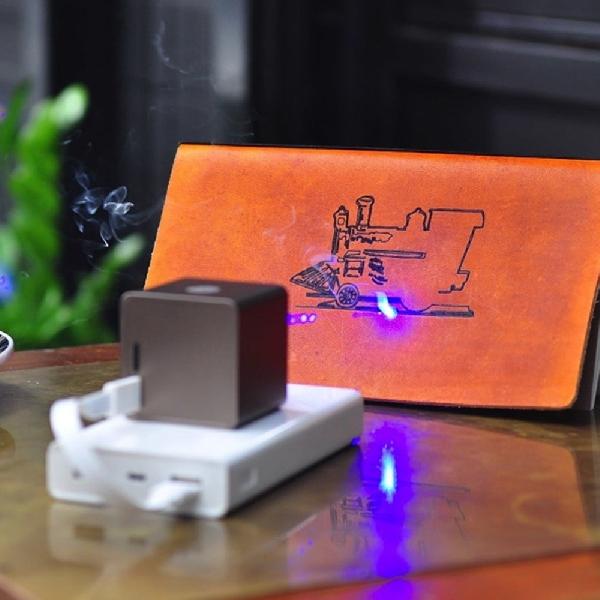 Laser Engraver Portabel Ini Bisa Ukir Imej Di Berbagai Permukaan