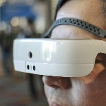 Smartglasses bagi Tuna Netra, eSight Gunakan Teknologi Augmented Reality
