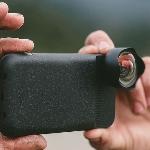 Moment, Baterai Tambahan Sekaligus Lensa Wide Angle untuk iPhone 7