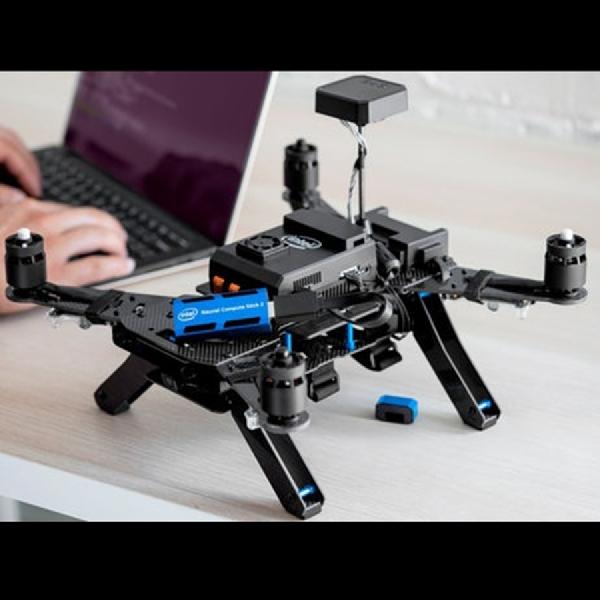 Intel Neural Compute Stick 2,  Permudah Kinerja Developer Bikin Produk Berbasis AI