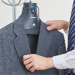 Panasonic Nanoe X, Gantungan Baju Pintar Bersihkan Baju Otomatis