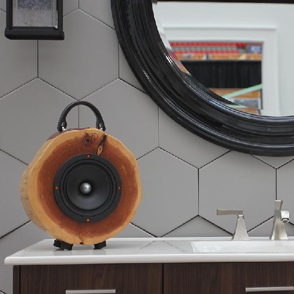 Speaker Bluetooth Ini Dibangun Dari Potongan Kayu Bekas