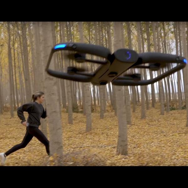 R1 Autonomous Action Drone dengan 13 Kamera